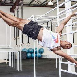 calisthenics flag - bodyweight exercise